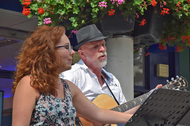 "Playing for change"" - het straatmuzikantenfestival van Zeewolde"