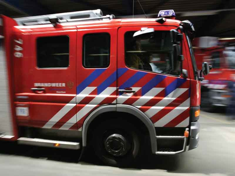 Transportbusje brandt uit